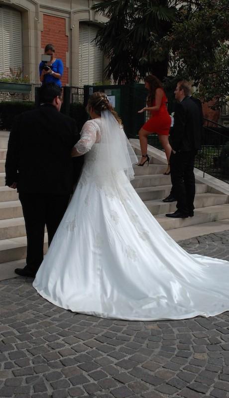 Robe de mariée princesse satin et dentelle